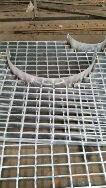 西宁钢格板/西宁钢格板厂家/西宁钢格板价格表