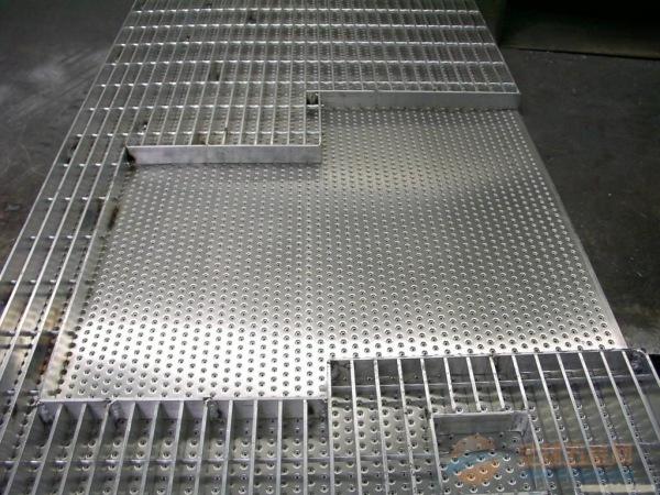 插接钢格板生产厂家镀锌钢格板价格