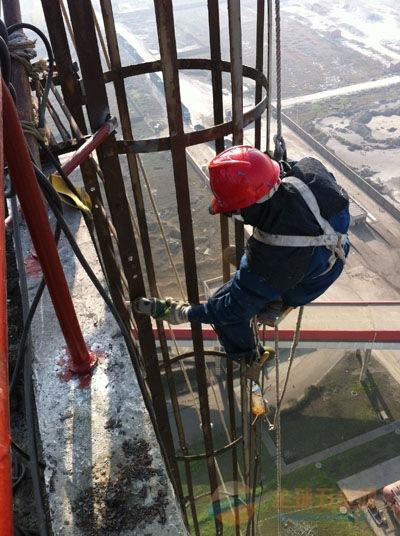拜城县砖窑烟囱定向爆破拆除公司欢迎访问