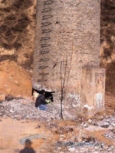 武陟县砖窑烟囱定向爆破拆除公司欢迎访问