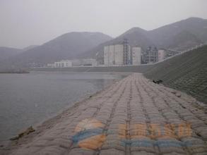 芜湖县烟囱刷红白航标漆公司欢迎访问