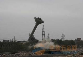 福海县烟囱刷红白航标漆公司欢迎访问