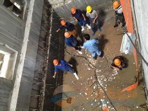 美姑县砖窑烟囱定向爆破拆除公司欢迎访问