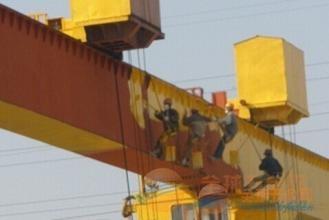 钢结构设备除锈刷油漆防腐