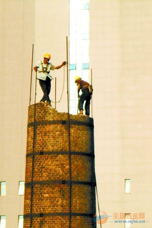 富裕县水泥烟囱更换爬梯护网平台公司欢迎访问