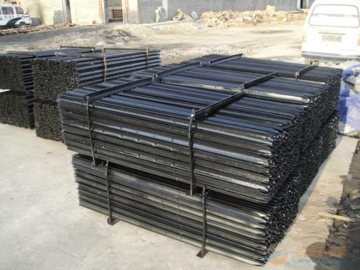 围网立柱 小立柱生产厂家批发 价格优惠