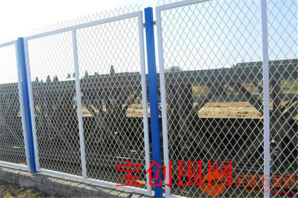护栏网安装方便 造价低的护栏网