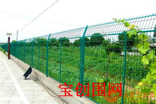 运城框架护栏网产品厂家 运城框架护栏网产品批发 运城