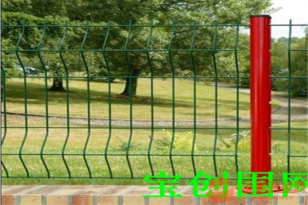 贵州三角折弯防护网产品用途贵州三角折弯防护网产品颜色贵州三角折弯防护网