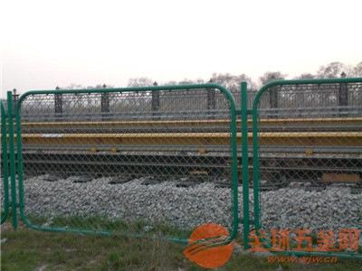 铁路防护网厂家直销 铁路防护网安装 铁路防护网产品规格