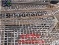 轧花网结构特点 轧花网材质 轧花网 说明