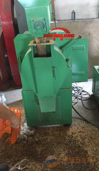 自动化秸秆饲料颗粒机 鱼虾饲料颗粒机