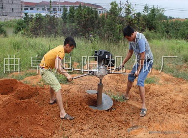 挖坑打眼机 工地牧场打桩埋柱挖坑机 多功能高效耐用挖坑机旭阳