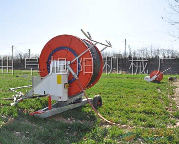 厂家推荐75-300大型喷灌机农用浇地喷水机 卷盘式灌溉机