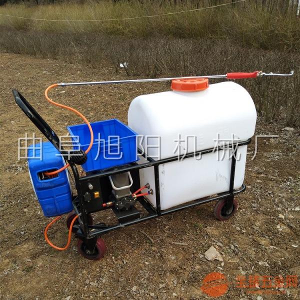 105L插电式蓄电池手推式小型洒水车