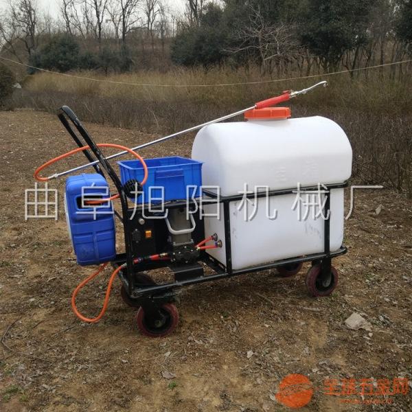 厂家促销105L手推式打药机高压气雾杀毒喷药机拉管喷雾器
