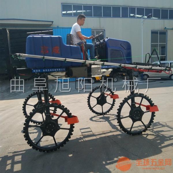 厂家推荐自走式四轮农用喷药车 700L四驱四缸打药施肥一体机