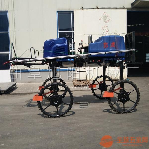 厂家定做四轮四驱自走式喷杆喷雾机水旱两用打药机柴油农用喷洒机