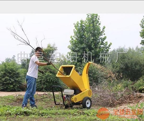汽油粉碎机可移动式碎枝机秸秆干草粉碎机