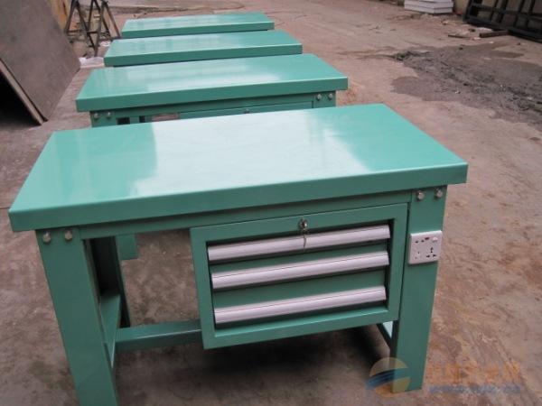 生产钳工工作台的厂家,四川钳工车间专用工作台尺寸定做