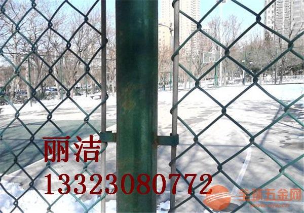 包塑勾花护栏网产品厂家 包塑勾花护栏网产品用途