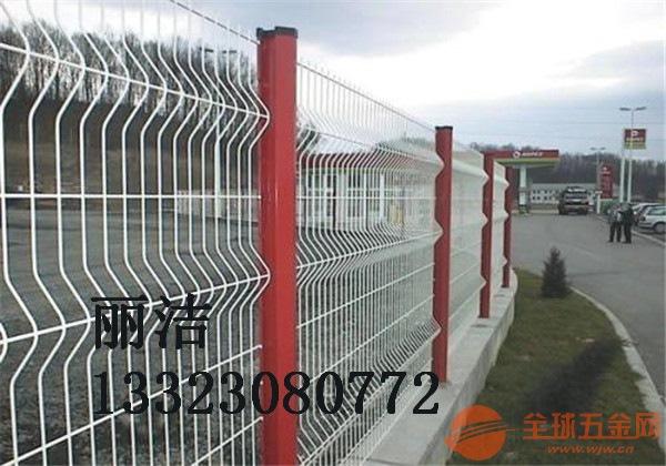 公路护栏网产品说明 公路护栏网产品优点 公路护栏网产
