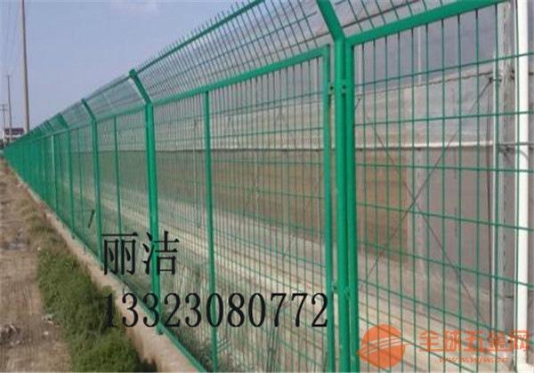 公路护栏网产品规格 公路护栏网产品尺寸