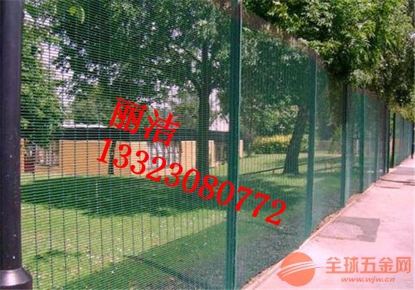 公路护栏网产品厂家 公路护栏网产品供应
