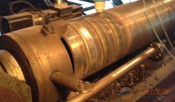 河北钻杆耐磨带堆焊机