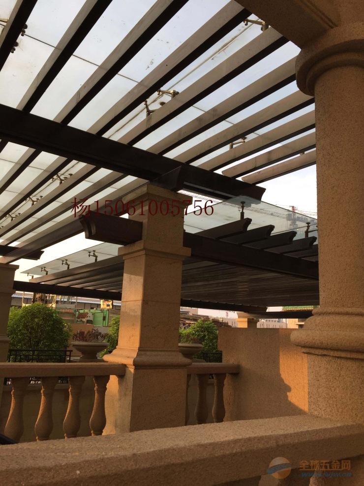 泰兴哪里有制作钢雨篷的厂家,钢结构玻璃雨棚阳光房价格电话图片