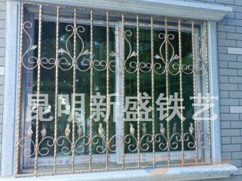 供应铁艺防盗窗 加工铁艺花窗 屏风制作