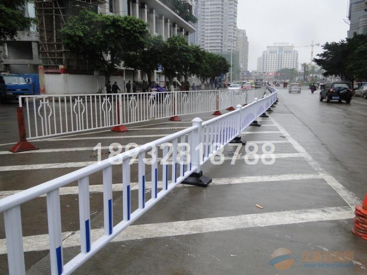专业定制道路安全防护栏