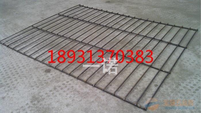 重庆钢板脚踏网 济南喷塑钢板网楼房脚手架踏板网