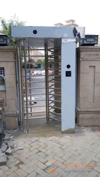 安阳监狱不锈钢旋转门