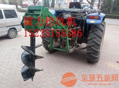 大型拖拉机带动的挖坑机实用