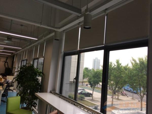 办公室遮阳卷帘