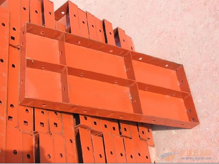 云南钢模板厂家生产平面钢模板桥梁钢模板隧道钢模板
