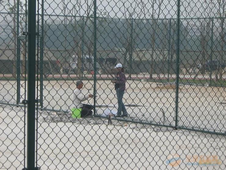 室外篮球场围网哪里卖室外篮球场围网报价&广西河池室外篮球场围网