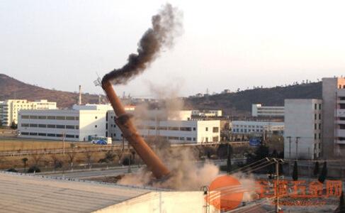 二七区烟囱定向拆除