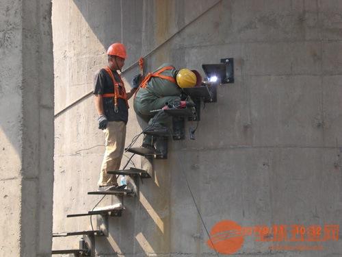 抚顺县25米砖烟囱粉刷