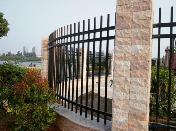 江门不锈钢护栏多少钱?