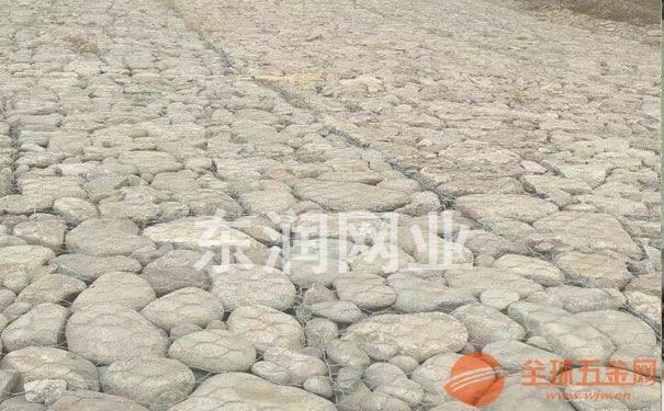 河道里应用铅丝石笼铁丝网优势
