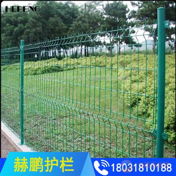 大量现货供应双边丝护栏网 绿色铁丝网围栏