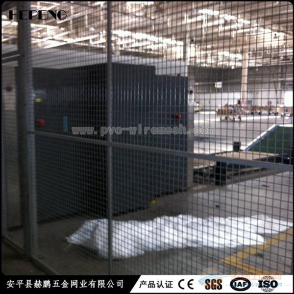 车间隔离栅广泛用于车间仓库市场摊位之间的隔离