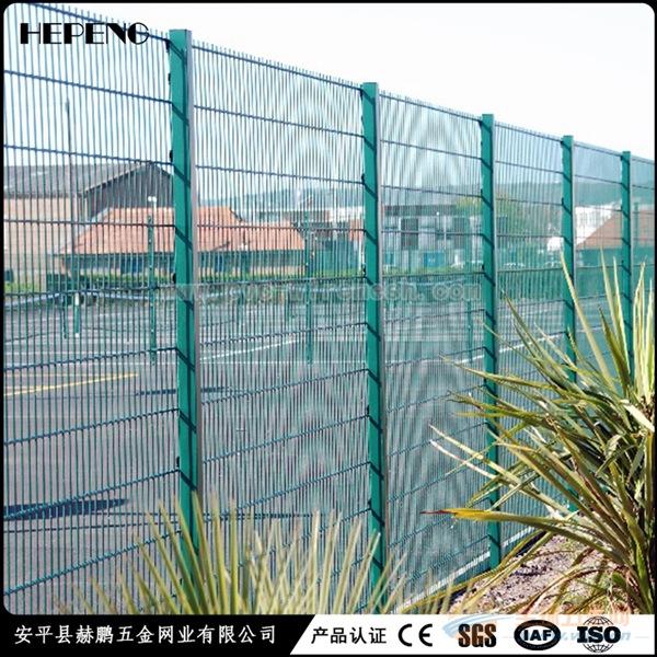防攀爬式围栏网 赫鹏网业 厂家直销 现货必威体育官网登陆