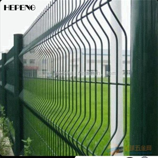 桃型柱三角折弯护栏网 小区防护网 大量现货 当天发货