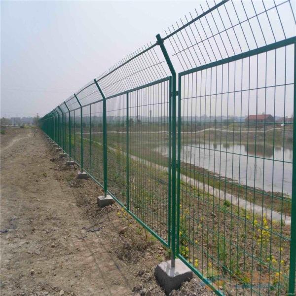 公路护栏网 生产厂家