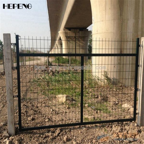 厂家大量现货供应 铁路防护栅栏 铁路栅栏的价格及规格