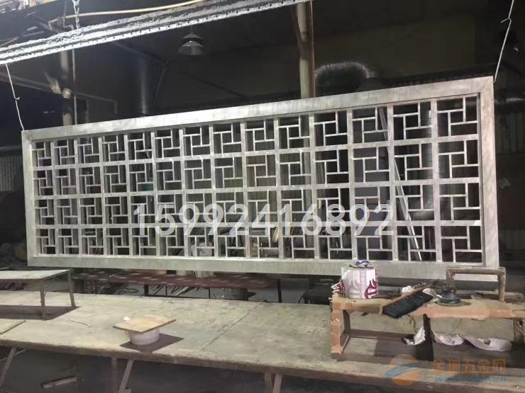 武汉铝合金铝窗花去哪里定制?