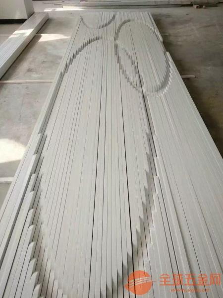 深圳木纹铝方通取材精良